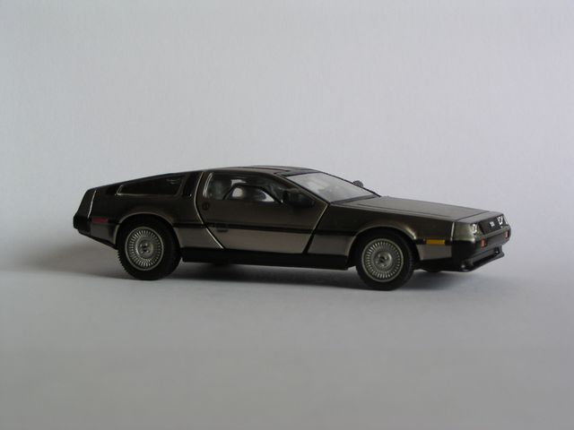 delorean-1.JPG